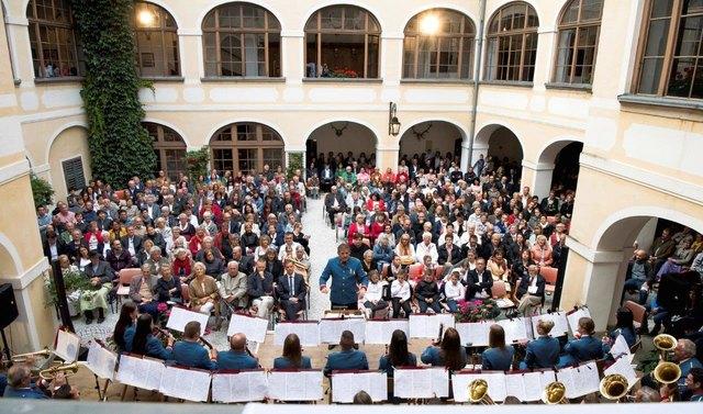 Das Schloss Kottulinsky bot der Werksmusikkapelle Borckenstein den stimmungsvollen Rahmen für ihr Konzert.