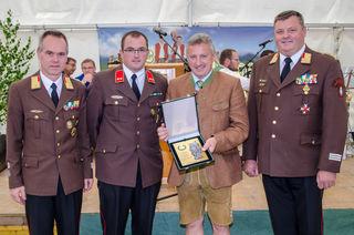 Bgm. Erwin Gruber wurde mit der Steirischen Floriani Plakette in Silber geehrt.