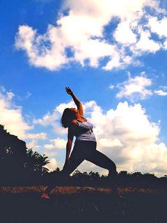 Yoga ist eine leicht zu erlernende Bewegungsform. Sie gilt als Hilfe gegen Stress.