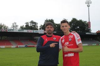Trainer Gerald Scheiblehner (li.) und Neuzugang Arslan Nesimovic.