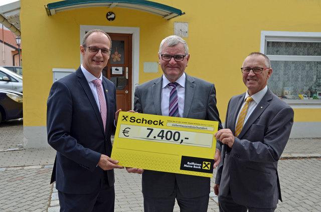 Dir. Werner Kraft, Ortsvorsteher Thomas Gruss und Obmann Georg Uhl.