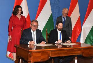 LH Hans Niessl und Staatssekretär Levente Magyar unterzeichneten ein Abkommen zur umfassenden Entwicklung der grenzüberschreitenden Verkehrsverbindungen