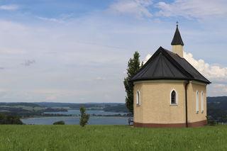 Blick vom Dürnberg auf den Obertrumer- und Mattsee