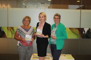 von links nach rechts Lichtenbergs Bürgermeisterin Daniela Durstberger, Daniela Kitzmüller Kosmetik Fachinstitut und GUUTE Ortsbetreuerin Monika Ratzenböck tauschten sich über regionale Vernetzungsmöglichkeiten aus.