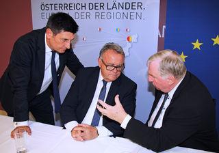 Lambertz im Gespräch mit Niessl und Illedits