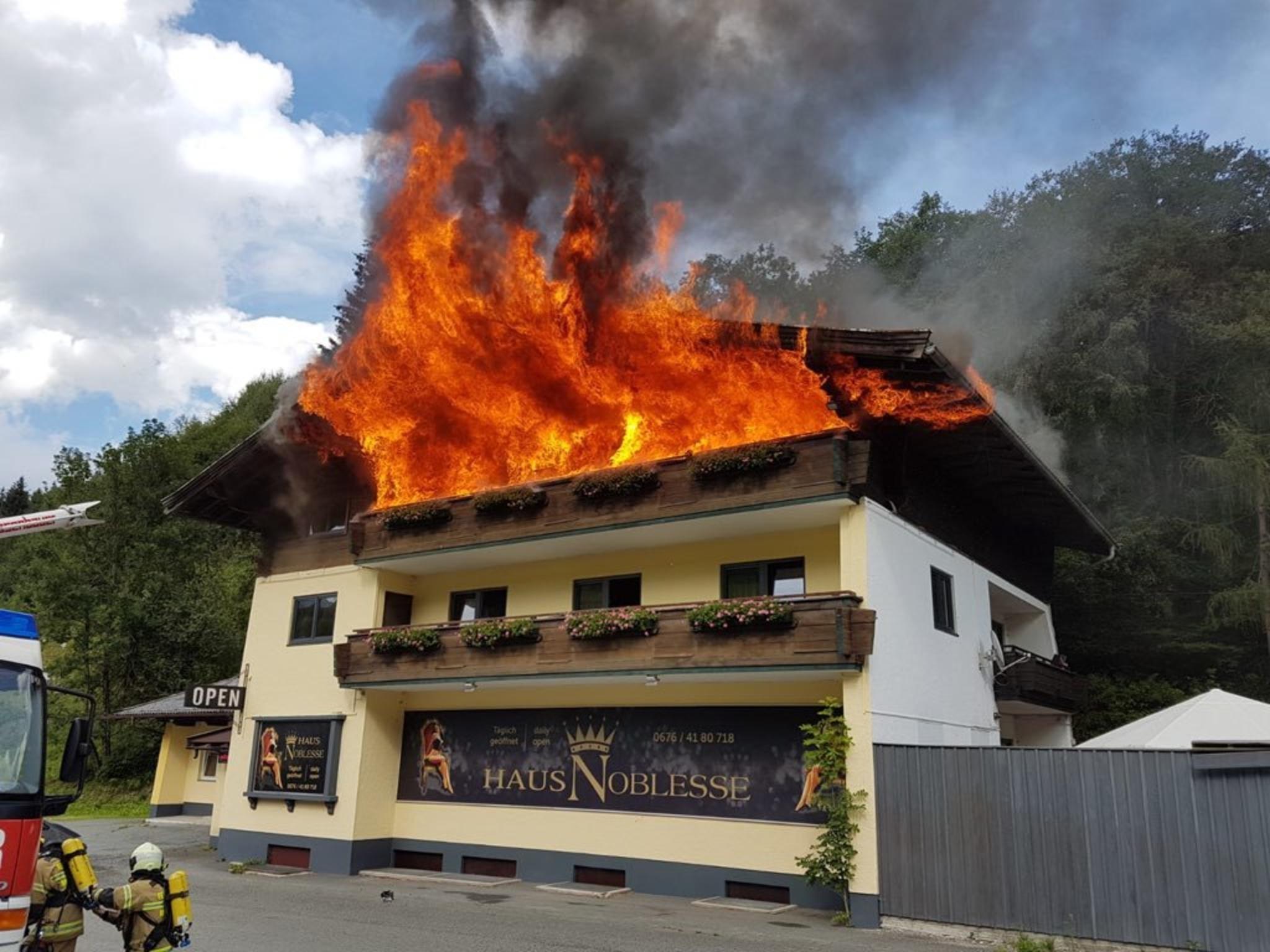 Mittersill: Dachstuhlbrand - die Ausbreitung des Feuers