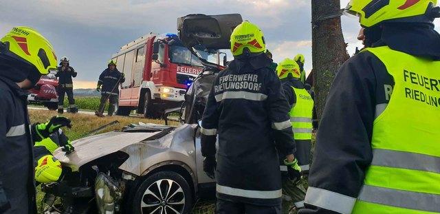 Die Feuerwehr Riedlingsdorf wurde zu einem schweren Unfall gerufen.