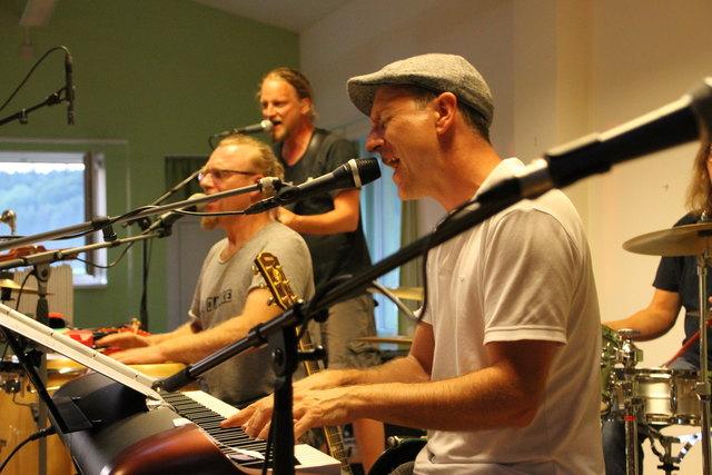 Mundart-Songs gab die Band Bluesbrauser zum Besten.