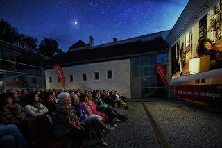 32 Kinoabende unter freiem Himmel stehen bevor.