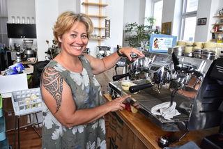 Kaffee-Expertin Johanna Wechselberger unterrichtet in ihrem Studio die Baristas von morgen.