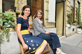 Katharina Ronacher und Karin Matyk (r.) haben vor 17 Jahren noch Pionierarbeit in der Strozzigasse geleistet.