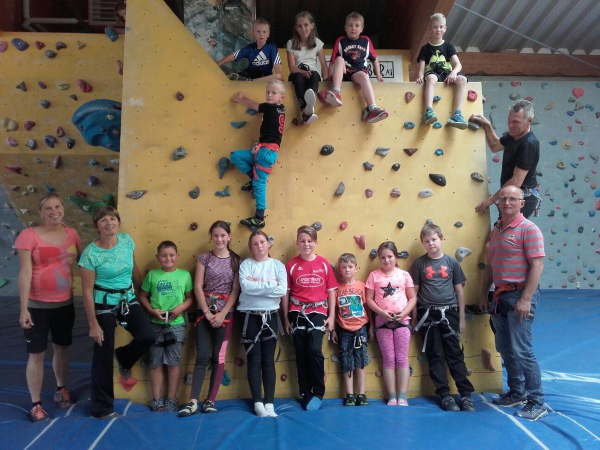 Indoor Klettern Für Kinder Beim Oberneukirchner Ferienprogramm