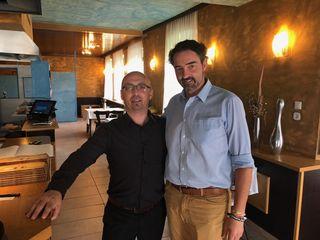 Christos Dimousis (l.) und Vizebgm. Jochen Bous.