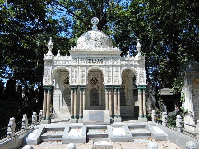 Zentralfriedhof Tor 1