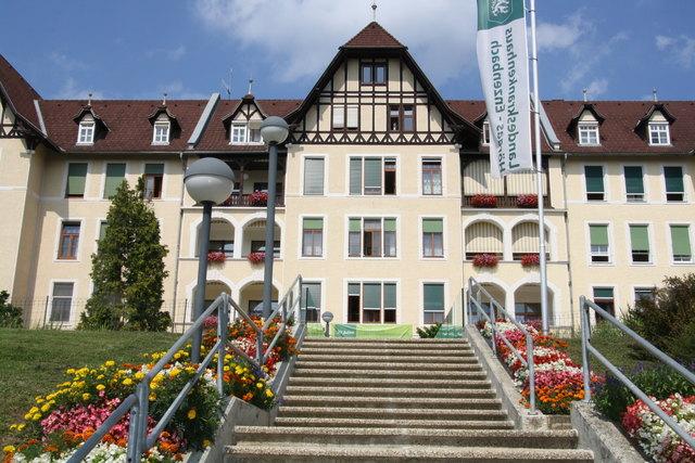 Die Bettenstationen werden bis Mitte 2019 aufgelassen; am Standort Hörgas folgt ein Fachärztezentrum.