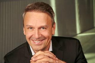 forum energetix-Chef Viktor Wratschko ist bereit, seinen Mitarbeitern bei 30 Arbeitsstunden pro Woche das Gehalt für 35 Arbeitsstunden pro Woche auszubezahlen.