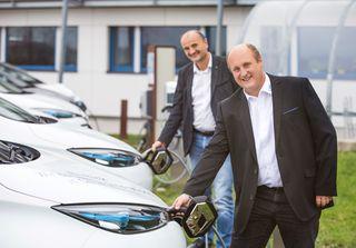 (vorne) Gerhard Steindl, Geschäftsführer EWS DeCarb,  und Joachim Payr.
