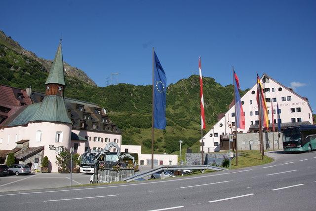 Viel Internationalität beim Hospiz in Christoph am Arlberg.