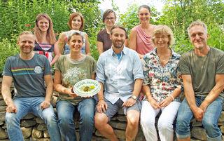 Diese Experten bieten von Montag bis Freitag am Gartentelefon profunde Beratung rund um biologisches Garteln.