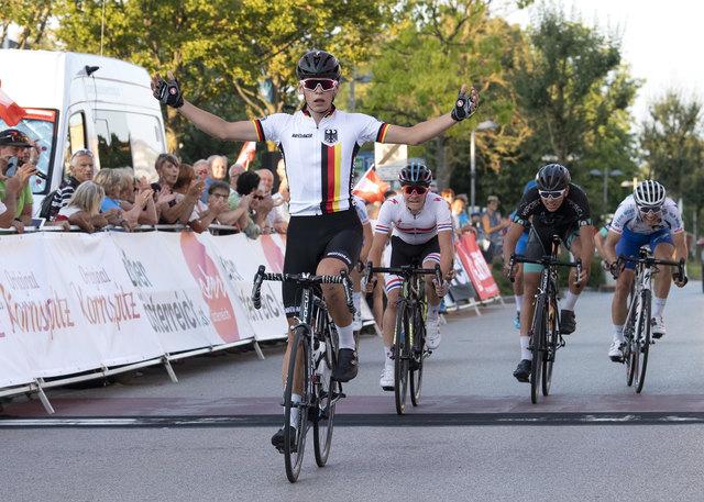 Sieger Marius MAYRHOFER, (GER, Team Deutschland) 1. Etappe Traun - Marchtrenk Oberoesterreich Juniorenrundfahrt (2.1)