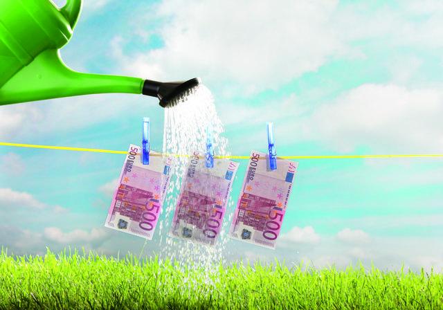 """Wer seine Finanzen hegt und pflegt, ist erfolgreich. Die Bestätigung für gute Arbeit erhielten heuer Hausleiten, Enzersfeld, Ernstbrunn und Großrußbach vom Magazin """"public""""."""