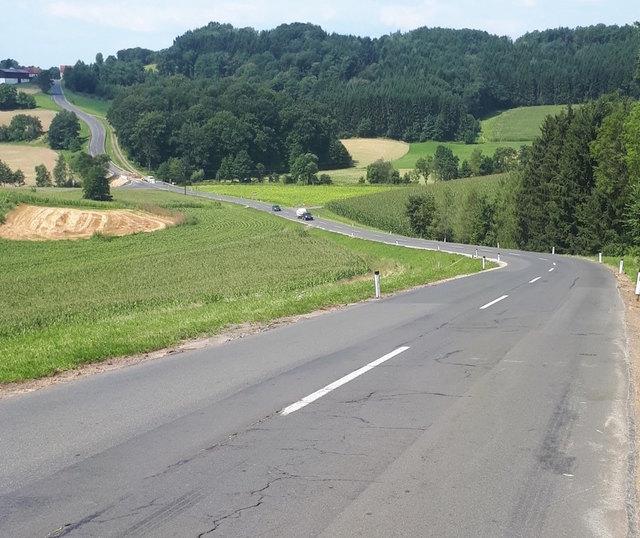 Die Sanierung der Straße erfordert eine Totalsperre.