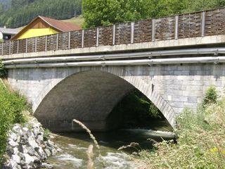 Im Zuge der Sanierungsarbeiten wird auch die Rantenbachbrücke erneuert.