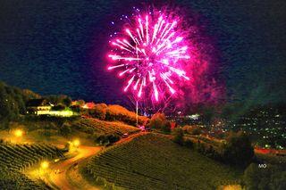 SCHILCHERBERG IN FLAMMEN, das zweitägige Fest startete am 20. Juli 2018 in Deutschlandsberg, zu Ehren des heiligen Jakobus, das fantastische Feuerwerk erleuchtete um 22.00 Uhr die Nacht am Schilcherberg.