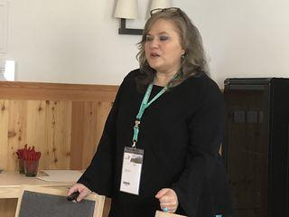 """Hilfswerk-Chefin Elisabeth Anselm: """"Ein Platz im Pflegeheim kostet im Jahr 34.600 Euro pro Kopf, während mobile Dienste mit durchschnittlich 4.200 Euro pro Kopf zu Buche schlagen."""""""