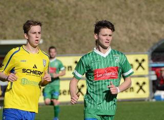 Der junge Tobias Breitenberger (re.) zählt zu den Hoffnungsträgern des Ilzer SV.