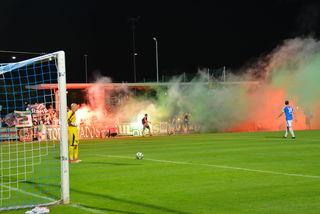 """Rund 400 Rapid-Fans und """"Ultras"""" begleiteten ihr Team nach Kufstein."""