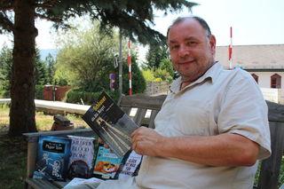 Buchhändler Erich Weidinger  aus Seewalchen gibt auch auf seinem Kinderbuchblog regelmäßig Tipps für junge Leser.