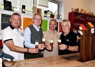 Hoher Besuch in Bruckners Bierwelt am Gaminger Grubberg.