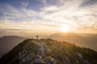 """Early Bird"": Den Sonnenaufgang am Hochkar-Gipfel erleben."