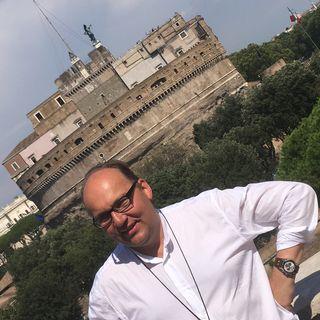 Bischof Hermann bei Radio Vatikan auf der Terrasse, direkt bei der Engelsburg.