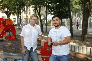Das Grätzel darf mitreden: Markus Mondre (l.) von der Gebietsbetreuung mit Hakan Aldirmaz von der Parkbetreuung.