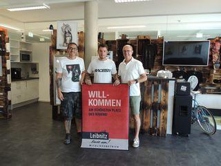 Neu bei Leibnitz lädt ein: Das Tadoo Syndicate von Reinhold Dreule (re.) und Bernd Kiefer (Mitte).
