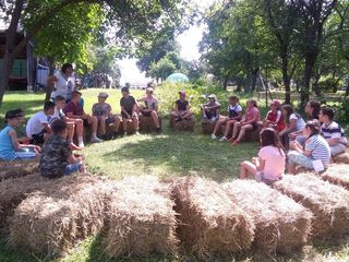 Zu Besuch auf dem Bauernhof und und in der Ölmühle von Familie Kovacs in Neuberg.