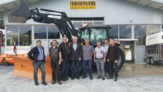 Der neue Kommunaltraktor von der Firma Hussler aus Söding-St. Johann wurde übergeben.