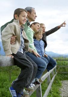 Familien und im Speziellen Kinder sollen die gleichen Möglichkeiten haben – für eine verheißungsvolle Zukunft.