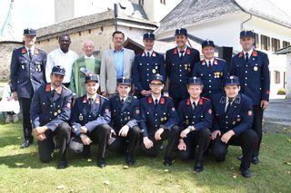 Die Bewerbsgruppe der FF Diex (vorne) mit Kommandant Franz Grilz (2. Reihe, li.)