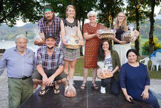 Die Slammer sowie Veranstalter und Moderatoren im Blumenpark