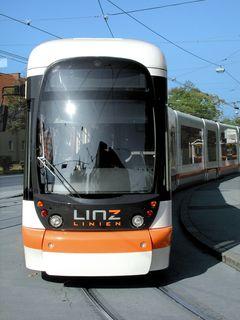 Die Straßenbahn fährt zwischen 4 Uhr und Betriebsende abschnittsweise nicht.