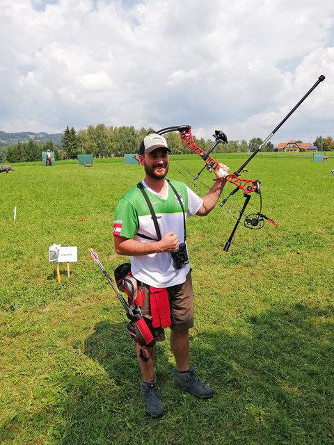 Der Urbersdorfer Bogenschütze Peter Hailimann sicherte sich sensationell den 3D-Titel in der Compound-Klasse.