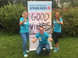 Fit unterwegs, um Spenden zu sammeln: Petra Koller (l.) sowie Mario und Birgit Schwaiger erlaufen viele Euros.