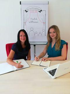 Wissen von den Hürden, die Vereine oft überwinden müssen: Sabine Neubauer und Lilli Deutsch