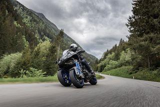 Exklusive Probefahrten mit der revolutionären Yamaha Niken in Ischgl.