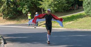 In Kalch, dem südlichsten Ort des Burgenlandes, werden die Athleten die Ziellinie überqueren, so wie es Sieger Andreas Michalitz im Jahr 2017 tat.