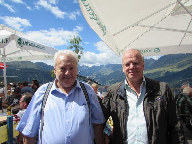 Bgm. und Aufsichtsratsvorsitzender Anton Mallaun und Bergbahnen-Geschäftsführer Herbert Zangerl konnten viele Einheimische und Gäste beim Fest am Berg begrüßen.