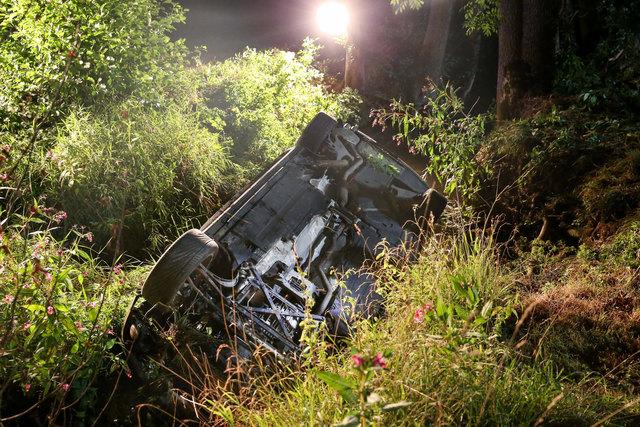 Spektakulärer Unfall bei Flucht vor Polizei